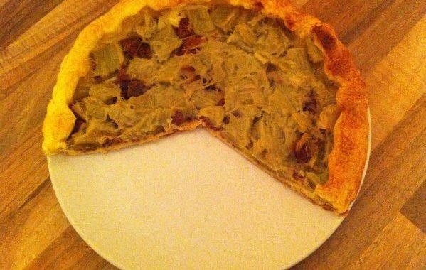 Tarte à la rhubarbe et au pain d'épices aux figues
