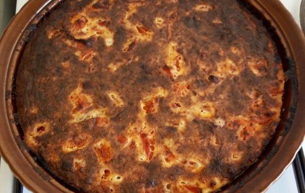 Quiche sans pâte au thon et à la tomate
