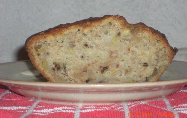 Cake noix, noisettes et pommes