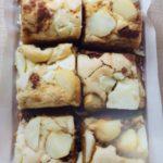 Carrés au chocolat et noix de macadamia