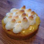 Tarte au citron, fond de tarte biscuit et noix