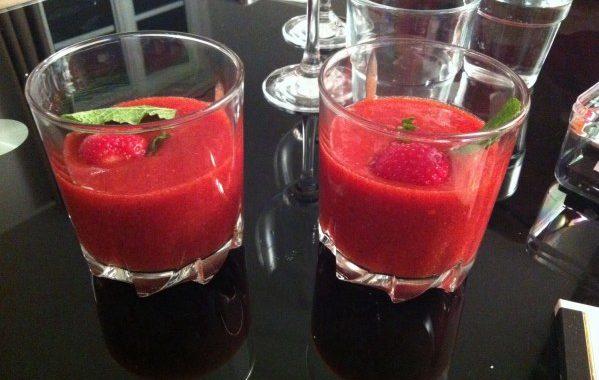 Soupe fraise-néctarine
