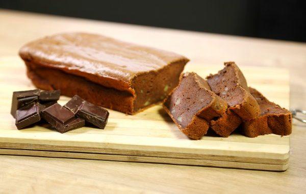 Gâteau au chocolat et pommes de terre