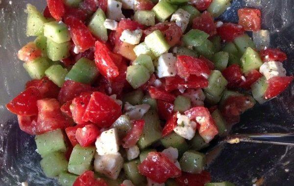 Salade de tomates concombres à la feta