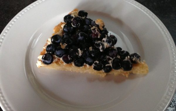 Tarte aux fruits frais sur moelleux à l'amande