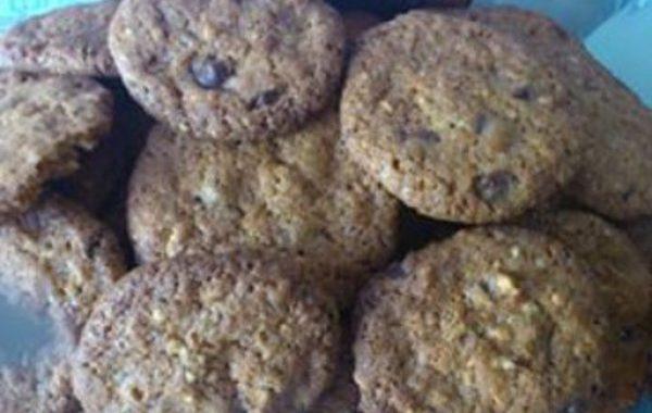 Cookies à la nougatine et au chocolat au lait