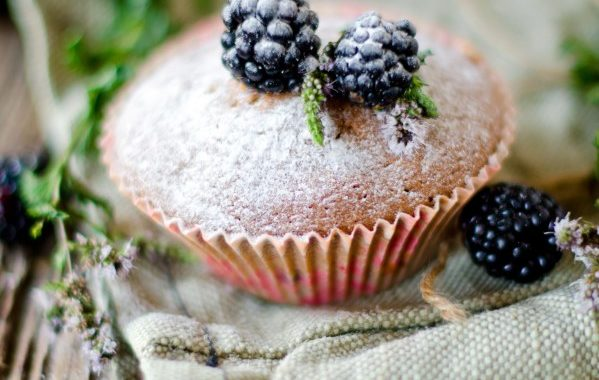 Muffins aux mûres (végétaliens et sans gluten)
