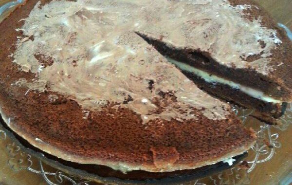 Gâteau au chocolat au cœur blanc